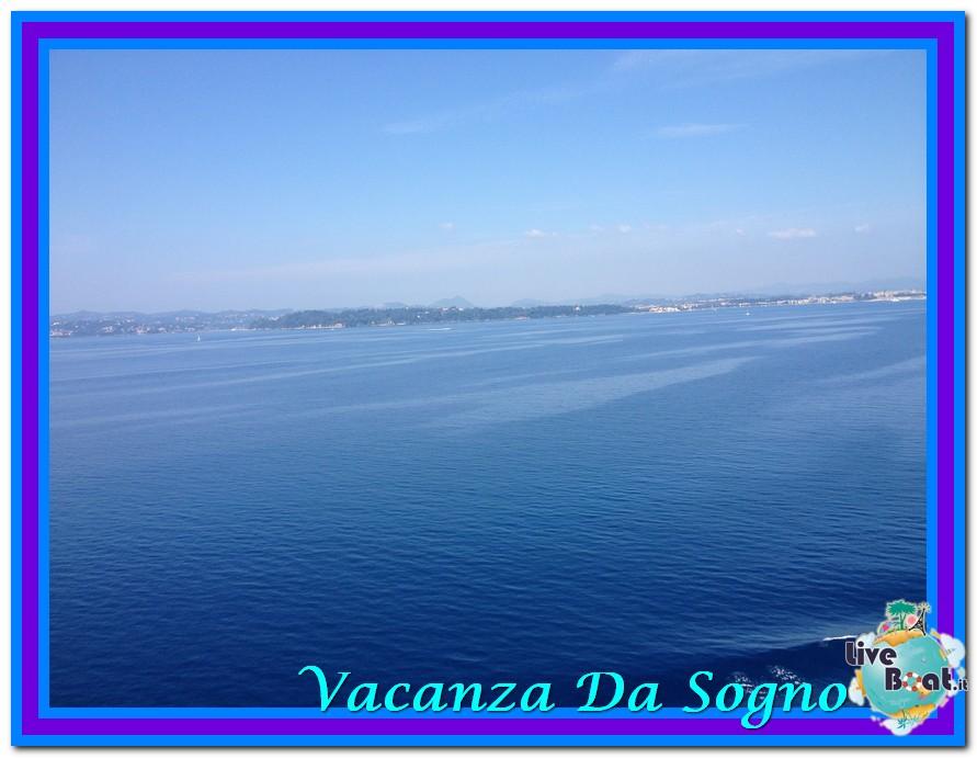08/07/2013 MSC Fantasia-Viaggio ad Atlantide-mare-corf-jpg