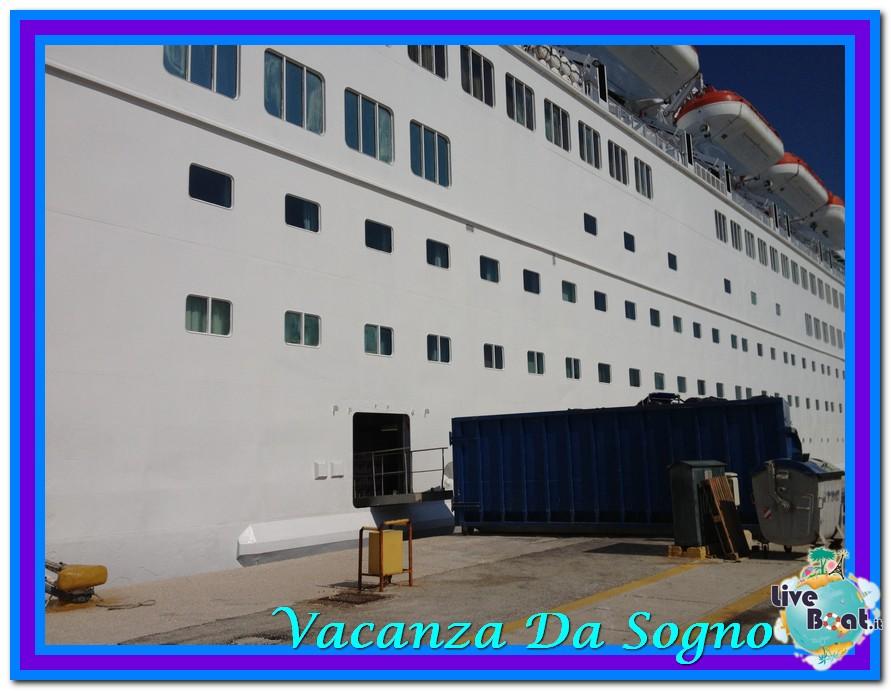 08/07/2013 MSC Fantasia-Viaggio ad Atlantide-thomson-majesty-2-jpg