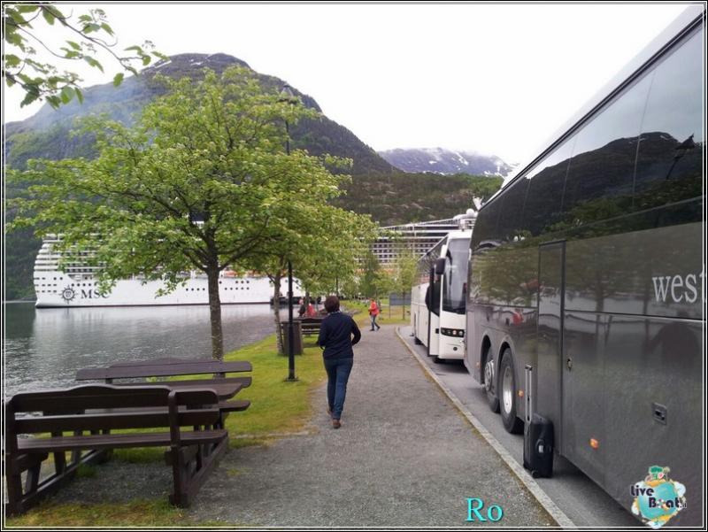 2015/06/18 - MSC Splendida - Hellesylt/Geiranger-foto-msc-splendida-hellesylt-geiranger-forum-crociere-liveboat-35-jpg