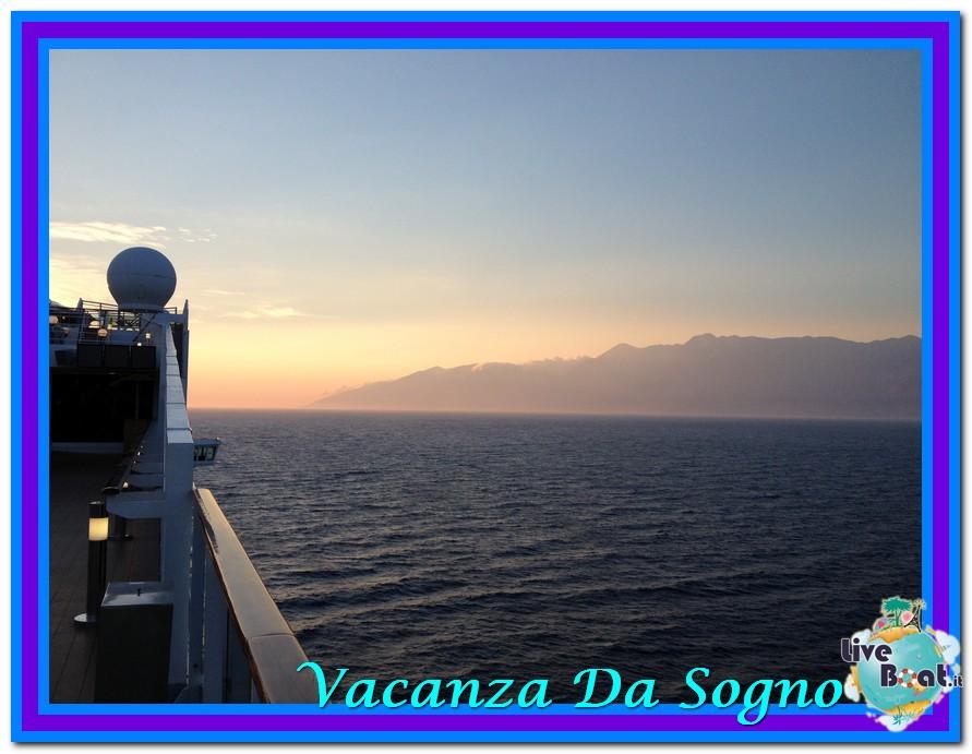 08/07/2013 MSC Fantasia-Viaggio ad Atlantide-mare-corf-11-jpg