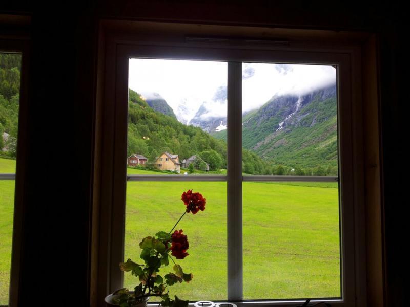 2015/06/18 - MSC Splendida - Hellesylt/Geiranger-uploadfromtaptalk1434628407733-jpg