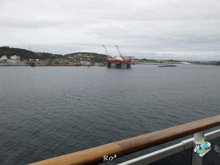 2015/06/19 - MSC Splendida - Stavanger-liveboat-005-msc-splendida-fiordi-stavager-jpg