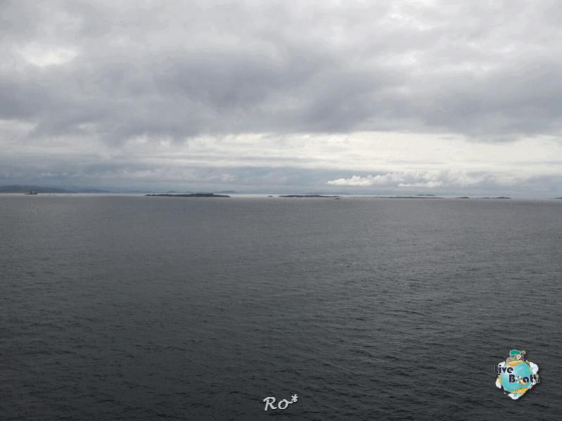 2015/06/19 - MSC Splendida - Stavanger-liveboat-009-msc-splendida-fiordi-stavager-jpg
