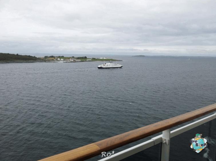 2015/06/19 - MSC Splendida - Stavanger-liveboat-010-msc-splendida-fiordi-stavager-jpg
