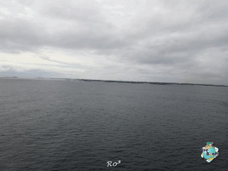 2015/06/19 - MSC Splendida - Stavanger-liveboat-011-msc-splendida-fiordi-stavager-jpg