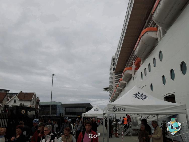2015/06/19 - MSC Splendida - Stavanger-liveboat-029-msc-splendida-fiordi-stavager-jpg