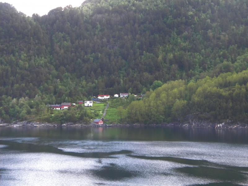 Costa favolosa- fiordi norvegesi- 06/06/--13/06/2015-dscn3185-jpg
