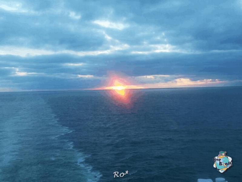 2015/06/20- MSC Splendida - Navigazione-liveboat-111-crociera-msc-splendida-fiordi-navigazione-jpg