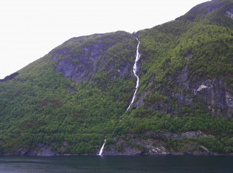 Costa favolosa- fiordi norvegesi- 06/06/--13/06/2015-dscn3225-jpg