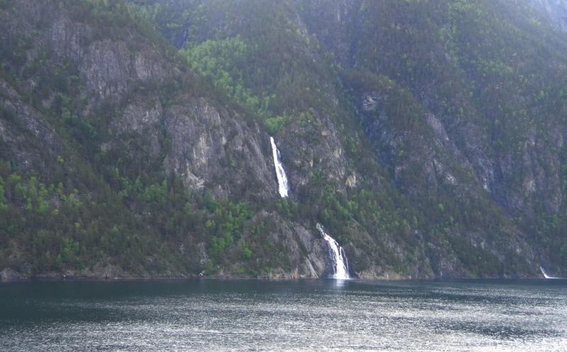 Costa favolosa- fiordi norvegesi- 06/06/--13/06/2015-dscn3246-jpg