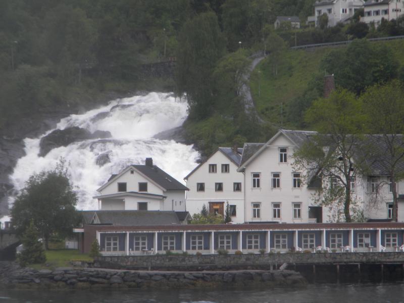 Costa favolosa- fiordi norvegesi- 06/06/--13/06/2015-dscn3305-jpg