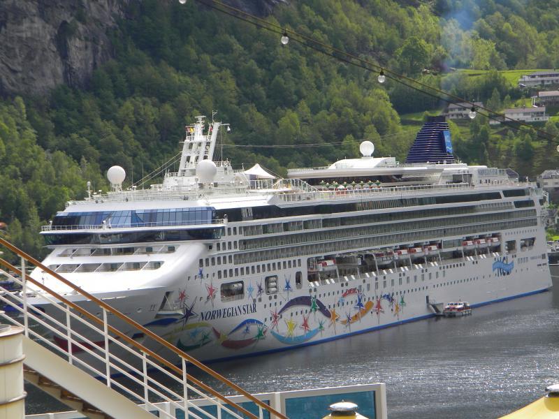 Costa favolosa- fiordi norvegesi- 06/06/--13/06/2015-dscn3375-jpg
