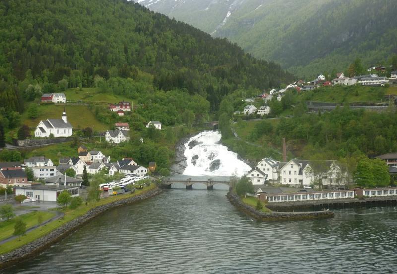 Navigazione turistica lungo il Sognefjord-p1260780-jpg