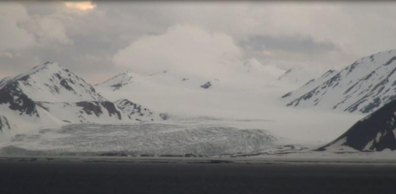 2015/06/13 - MSC Splendida - Longyearbyen-crociera-svalbard-msc-splendida-2-jpg