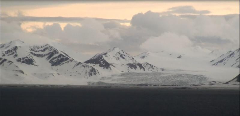 2015/06/13 - MSC Splendida - Longyearbyen-crociera-svalbard-msc-splendida-3-jpg
