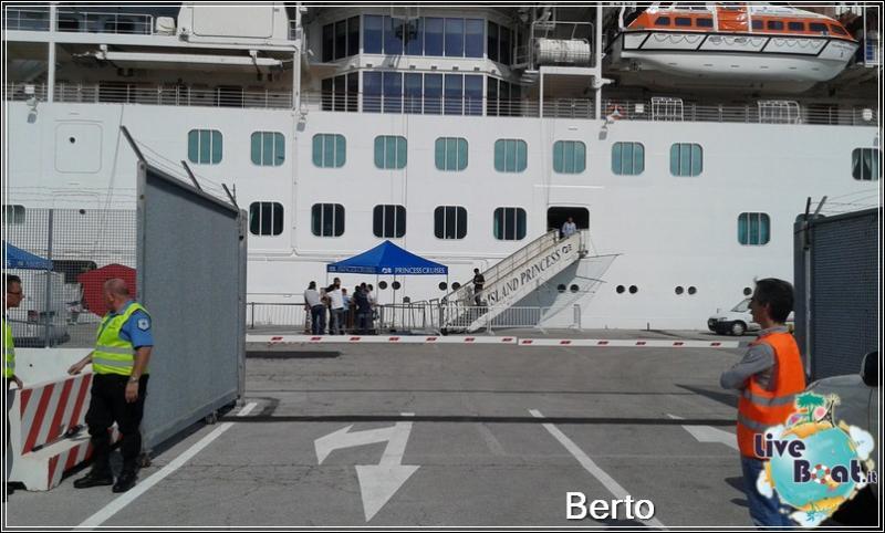 Island Princess dall'esterno-9island-princess-liveboatcrociere-jpg
