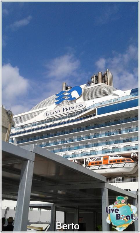 Island Princess dall'esterno-11island-princess-liveboatcrociere-jpg