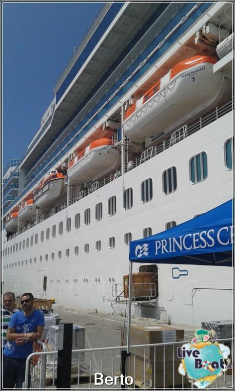 Island Princess dall'esterno-18island-princess-liveboatcrociere-jpg