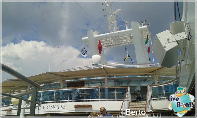 Lido pool-118island-princess-liveboatcrociere-jpg