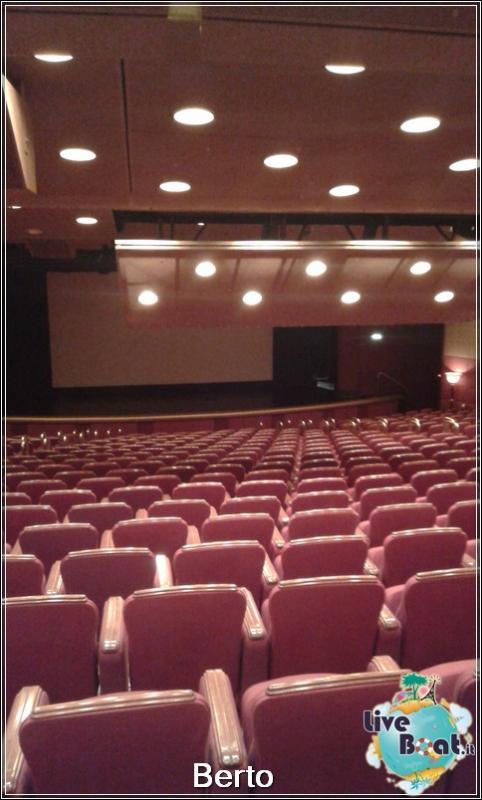 Princess theatre-149island-princess-liveboatcrociere-jpg
