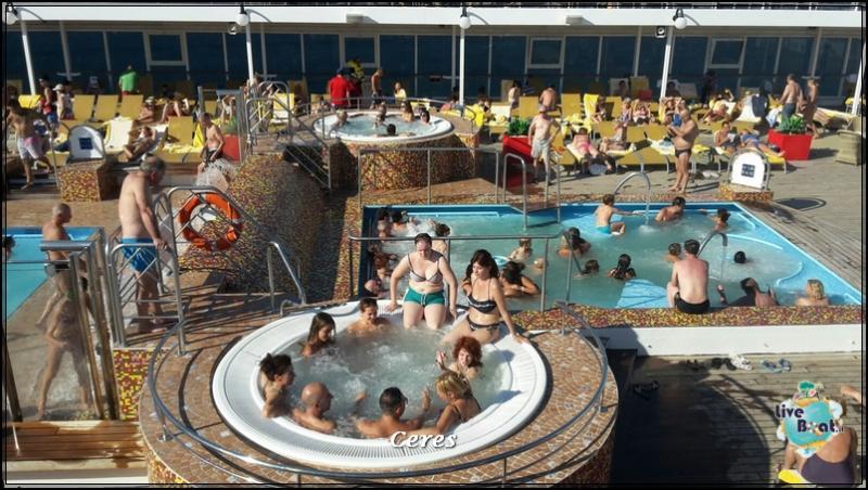 2015-08-20 - Costa Neoriviera - Tolone-La Seyne sur Mer-foto-crociera-costa-neoriviera-forum-liveboat-crociere-32-jpg