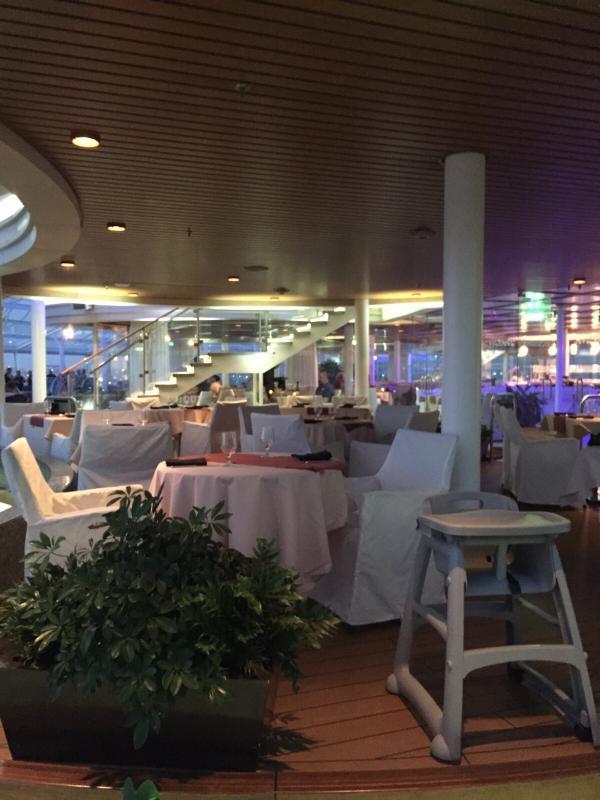 2015/09/17 Allure of the seas- Mediterraneo- partenza da Civitavecchia-ristorante-messicano-bordo-allure-of-the-seas-1-jpg