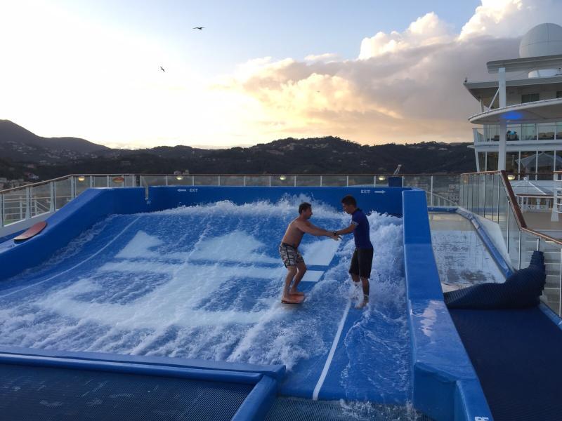 2015/09/23 Allure of the seas a La Spezia-img-20150923-wa0106-jpg