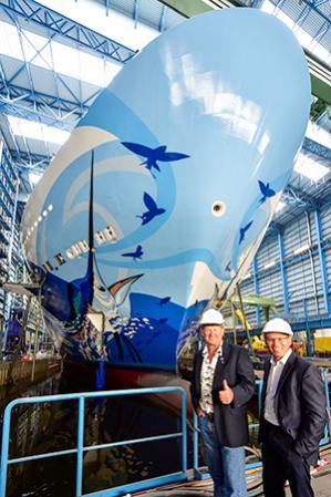 La decorazione dello scafo della Norwegian Escape prende vita con Guy Harvey-untitled-jpg