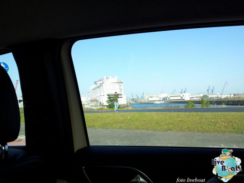 2015/10/23 - Norwegian Escape - Crociera lancio - Amburgo, imbarco-7foto-liveboat-norwegian-escape-jpg
