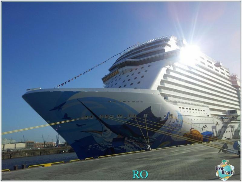 2015/10/23 - Norwegian Escape - Crociera lancio - Amburgo, imbarco-foto-ncl-escape-crociera-lancio-amburgo-forum-crociere-liveboat-6-jpg