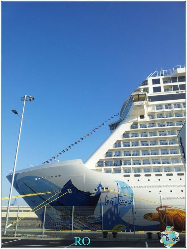 2015/10/23 - Norwegian Escape - Crociera lancio - Amburgo, imbarco-foto-ncl-escape-crociera-lancio-amburgo-forum-crociere-liveboat-10-jpg