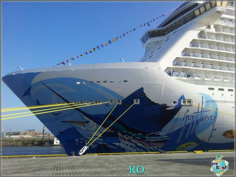 2015/10/23 - Norwegian Escape - Crociera lancio - Amburgo, imbarco-foto-ncl-escape-crociera-lancio-amburgo-forum-crociere-liveboat-13-jpg