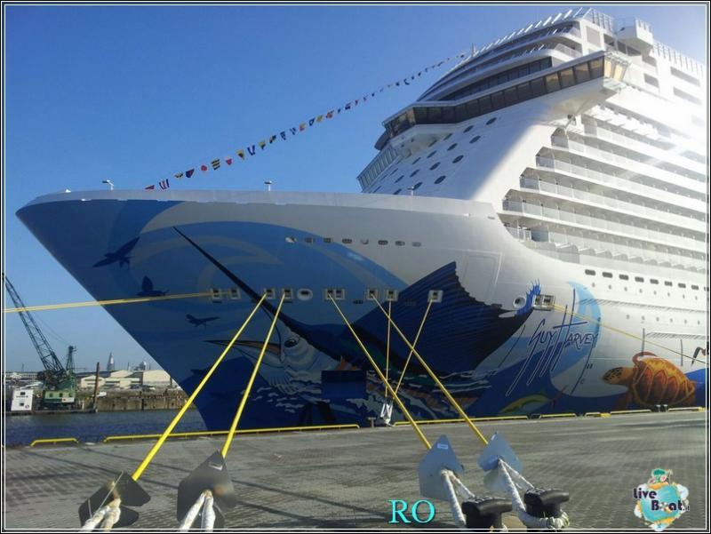 2015/10/23 - Norwegian Escape - Crociera lancio - Amburgo, imbarco-foto-ncl-escape-crociera-lancio-amburgo-forum-crociere-liveboat-15-jpg