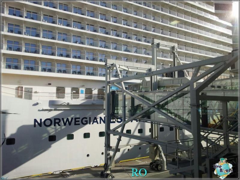 2015/10/23 - Norwegian Escape - Crociera lancio - Amburgo, imbarco-foto-ncl-escape-crociera-lancio-amburgo-forum-crociere-liveboat-33-jpg