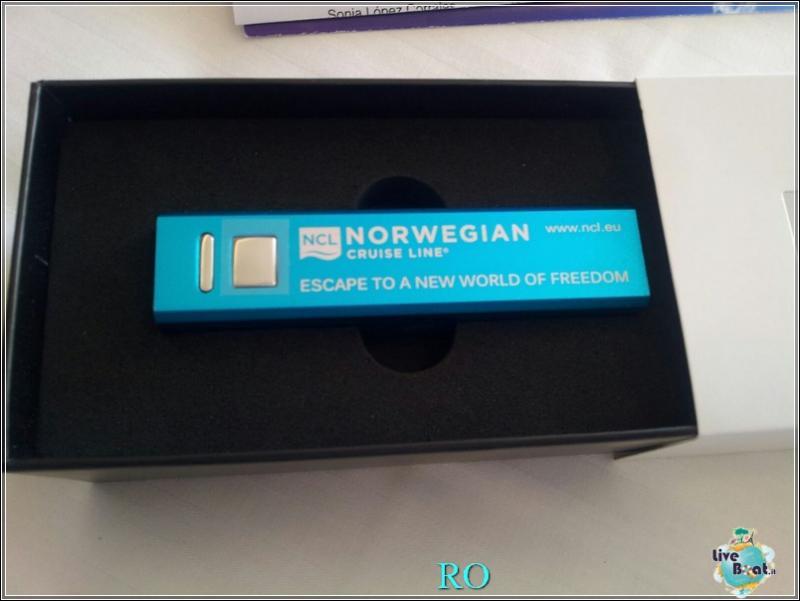 2015/10/23 - Norwegian Escape - Crociera lancio - Amburgo, imbarco-foto-ncl-escape-crociera-lancio-amburgo-forum-crociere-liveboat-24-jpg