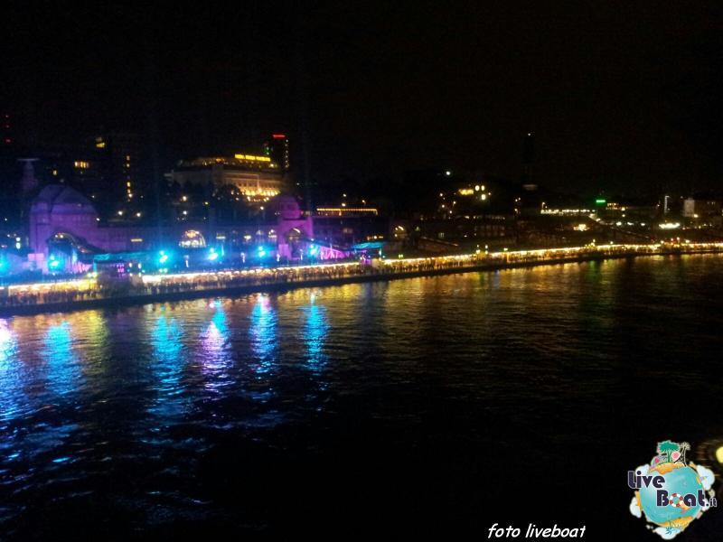 2015/10/23 - Norwegian Escape - Crociera lancio - Amburgo, imbarco-23foto-liveboat-norwegian-escape-jpg