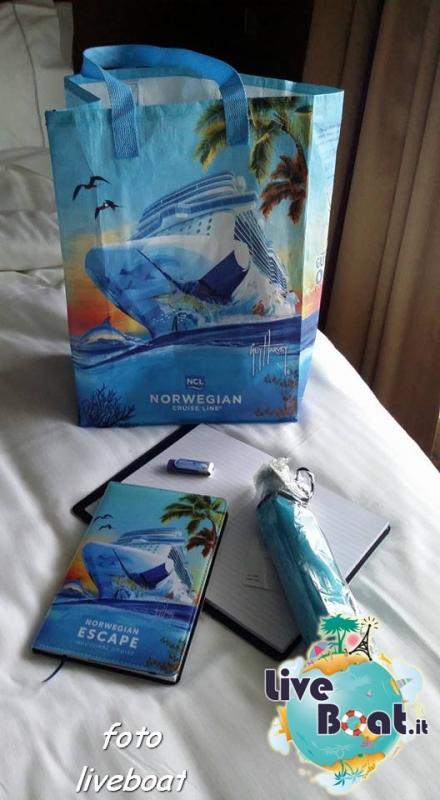 2015/10/24 - Norwegian Escape - Crociera lancio - navigazione-15foto-liveboat-norwegian-escape-jpg