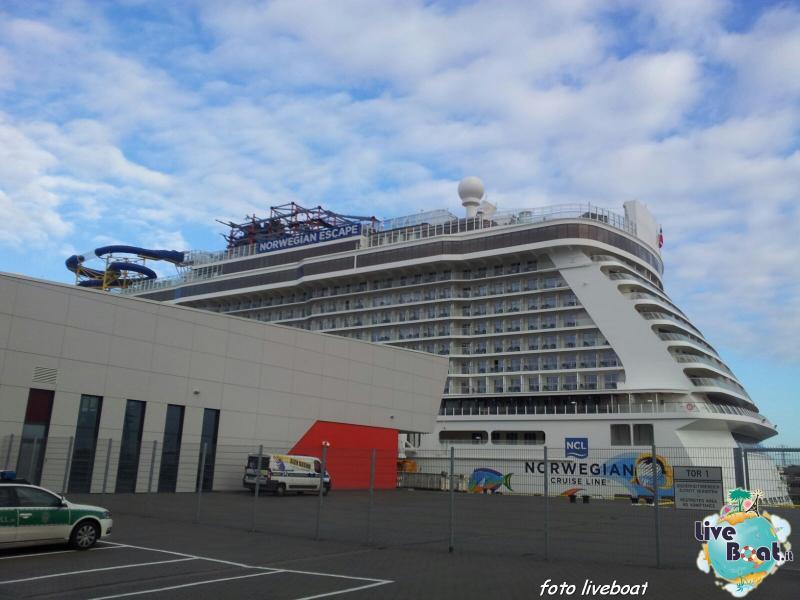 2015/10/25 - Norwegian Escape - Crociera lancio - Amburgo - sbarco-8foto-liveboat-norwegian-escape-jpg