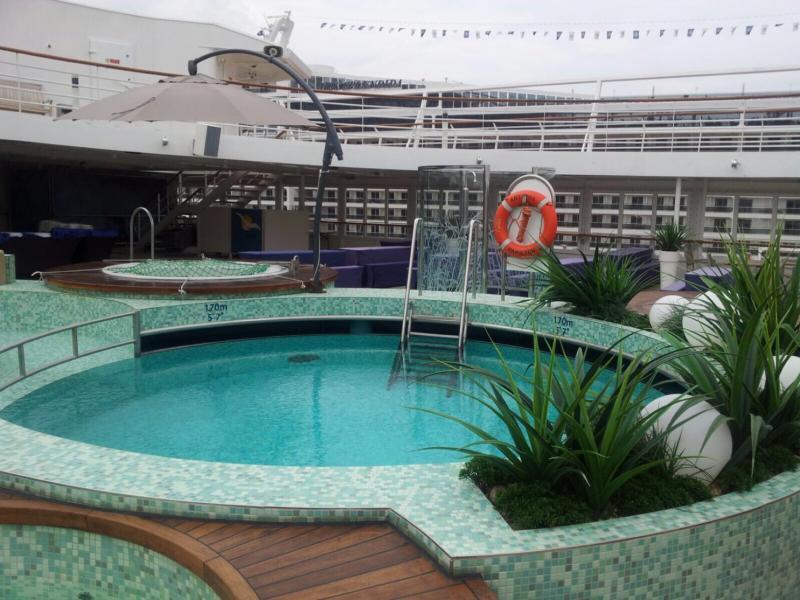 2015/10/27 Visita nave  Artania di Phoenix Reisen a Genova-imageuploadedbytapatalk1445952430-509143-jpg