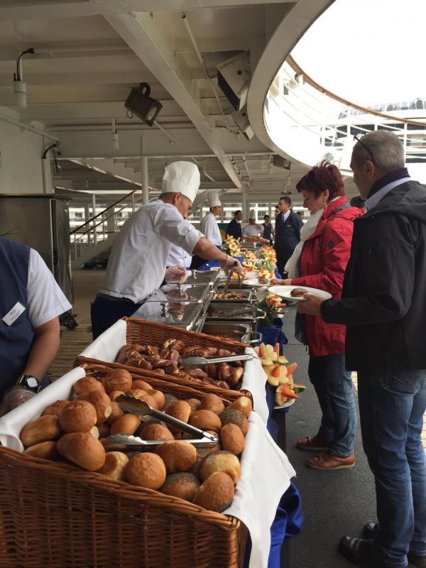 2015/10/27 Visita nave  Artania di Phoenix Reisen a Genova-imageuploadedbytapatalk1445957055-820185-jpg