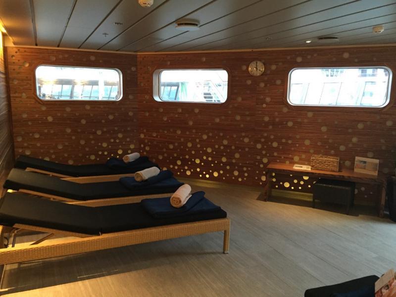2015/10/27 Visita nave  Artania di Phoenix Reisen a Genova-imageuploadedbytapatalk1445959154-887886-jpg