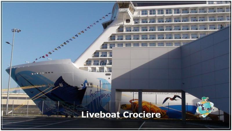 2015/10/23 - Norwegian Escape - Crociera lancio - Amburgo, imbarco-norwegianescape-amburgo-3-jpg