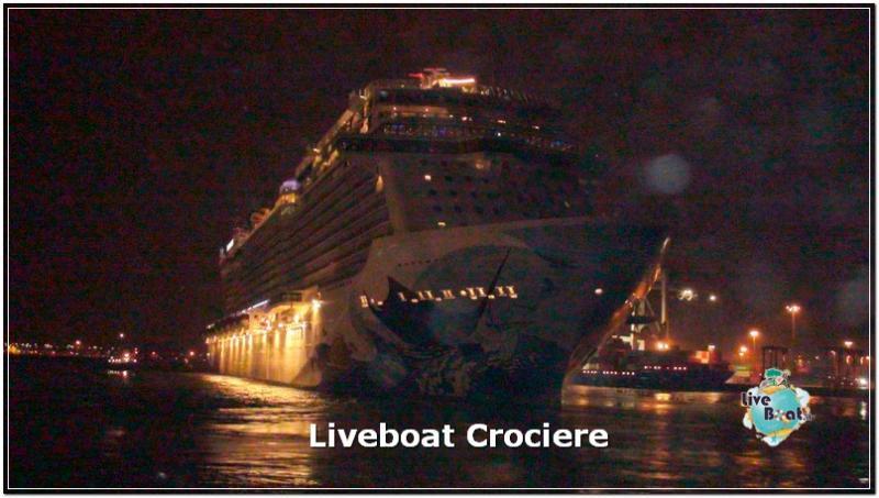 Esterni Norwegian Escape-norwegianescape-inaugural-cruise-amburgo-1-jpg