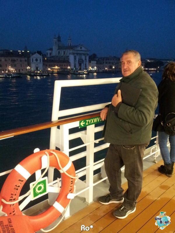 2015/11/03 MSC Opera Partenza da Venezia-liveboat014-crociere-msc-opera-venezia-jpg