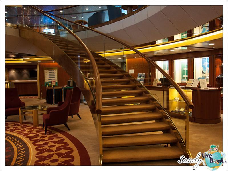 M/S Artania - Atrio-liveboat-phoenix-reisen-artania-atrio-06-jpg