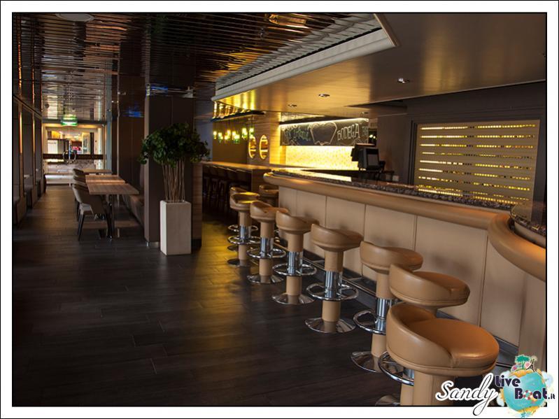 M/S Artania - Bodega Bar-liveboat-phoenix-reisen-bodega-bar-12-jpg
