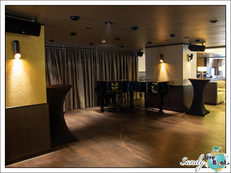 M/S Artania - Casablanca Bar-liveboat-phoenix-reisen-casablanca-lounge-02-jpg