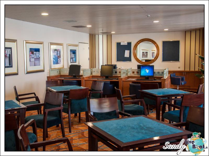 M/S Artania - Jamaica Club-liveboat-phoenix-reisen-jamaica-club-02-jpg