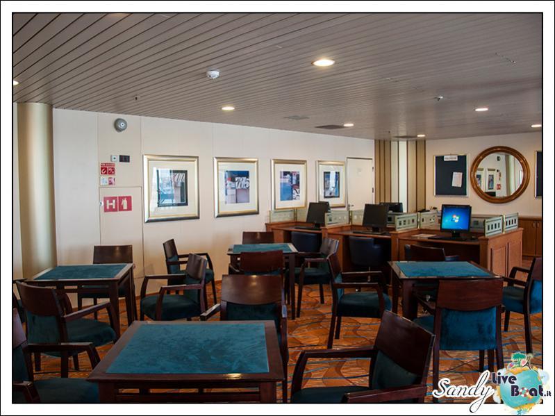 M/S Artania - Jamaica Club-liveboat-phoenix-reisen-jamaica-club-03-jpg