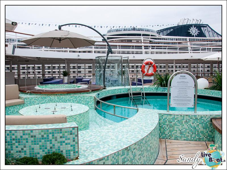 M/S Artania - Kopernikus Pooldeck-liveboat-phoenix-reisen-kopernikus-pooldeck-05-jpg
